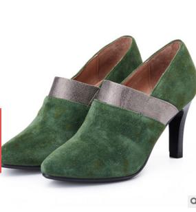 特价款!真皮高跟短靴拼色尖头马丁女靴秋冬款厂家促销